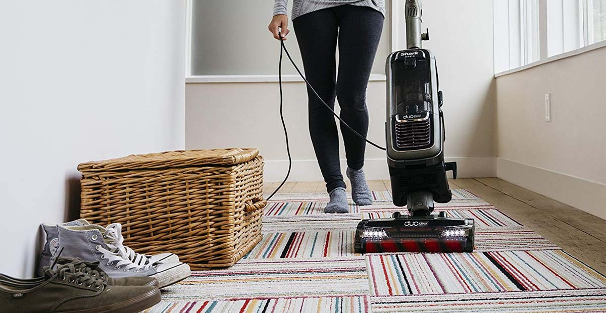 Shark APEX AX951 DuoClean Powered Lift-Away Vacuum Review